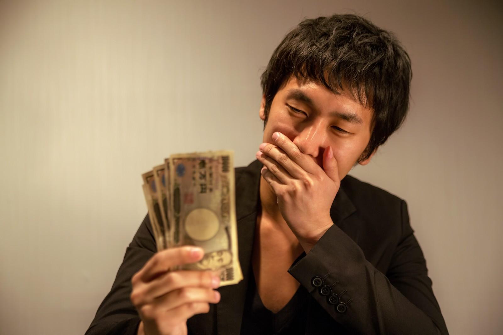 転職時の給料の決まり方、提示や交渉のタイミング