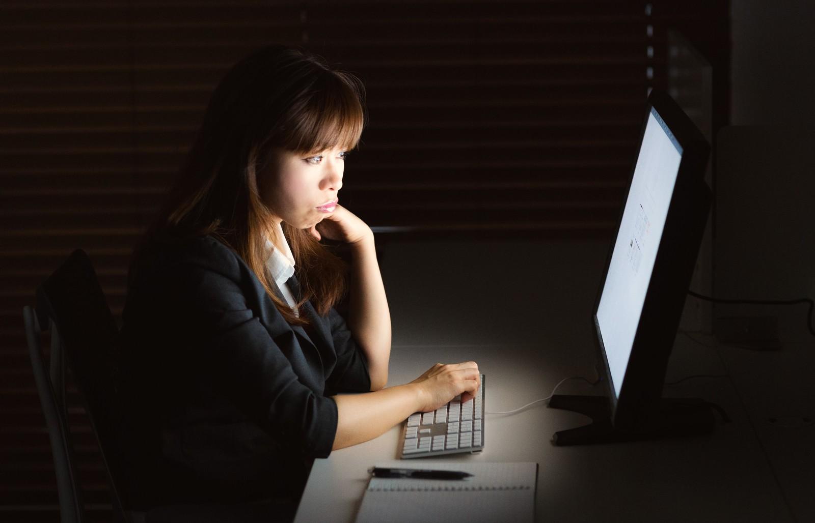 転職活動が辛いと感じる原因や対処法。